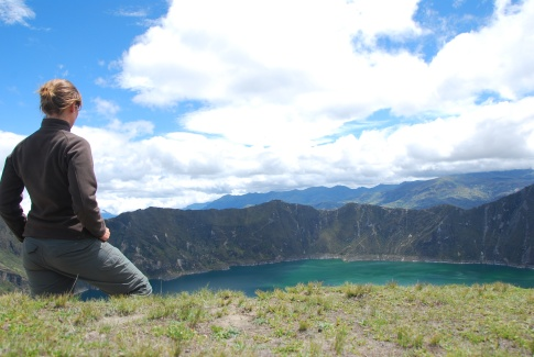 hiking Quilotoa Laguna, Ecuador