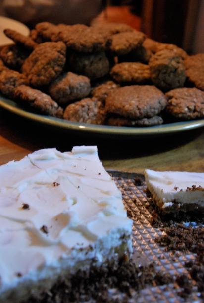 banoffee pie (thanks Judy!) & oatmeal cookies