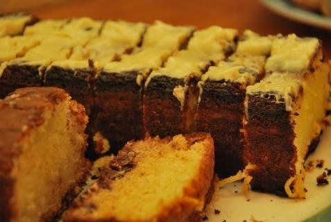 coconut / choco chip cake & lemon cake with lemon icing