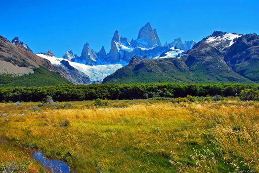 March : Trekking El Chalten, Argentina