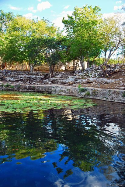 Xlacah cenote in Dzibilchaltun