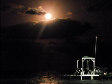 Full moon Belize