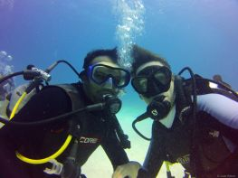 love diving, Belize