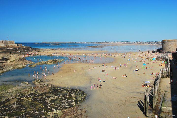 low tide Saint-Malo, France