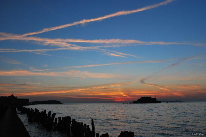 sunset Saint-Malo, France