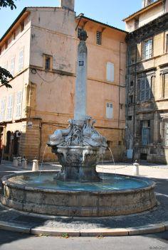 Fontaine des 4 Dauphins, Aix-en-Provence, France