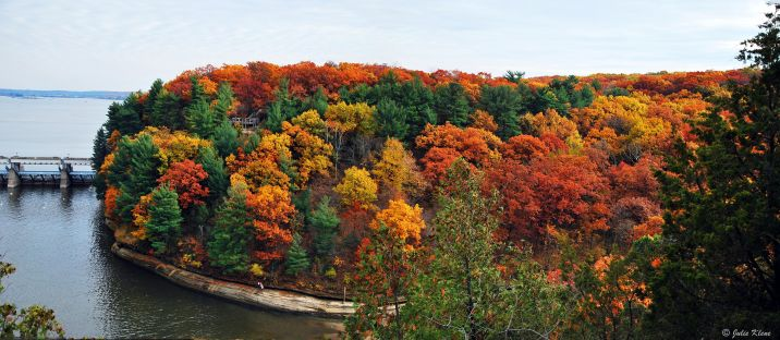 Colors in Starved Rock, IL, USA