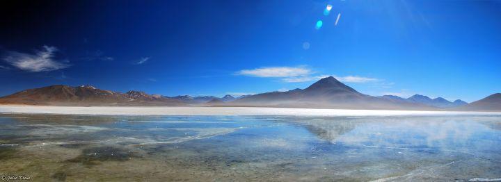 Laguna Blanca, Uyuni Desert, Bolivia
