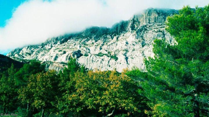 Sainte Victoire Moutain, Aix-en-Provence, France
