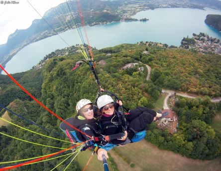 Paragliding in Annecy, France