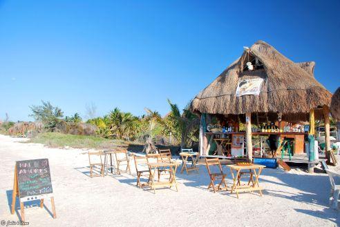 Mal de Amores by Raíces, Holbox island, Mexico