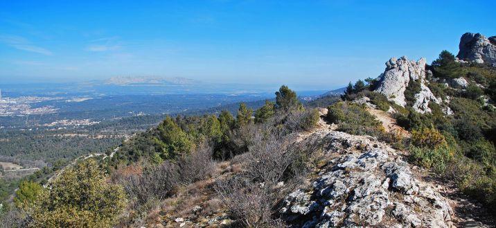 Hiking Pilon du Roi, Simiane-Collongue, Provence, France